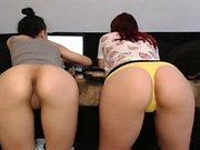 amateur kittyy25 flashing ass on live webcam