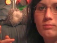 Claudia Odenweller raucht beim Wichsen