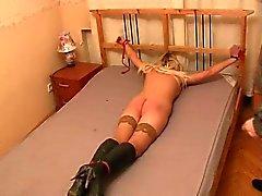 Amateur spank