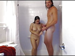 tiny girl fucks with super tall guy in shower