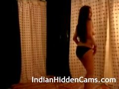 Indian Dancer Shaking Big Boobs Curvy Ass