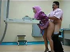 Sexy indonesians fucking in the clinic