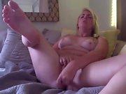 Sexy blonde bbw masturbation