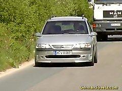Slut stops car for fucking