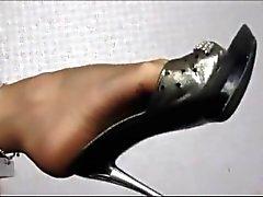 housewife legs in sheer nylons