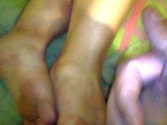 pink toes wife footjob cumshot