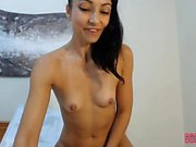 Busty babe solo pussy toying