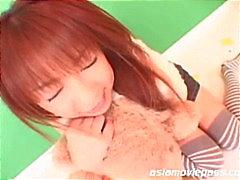 Sweet Japanese cum eating babe