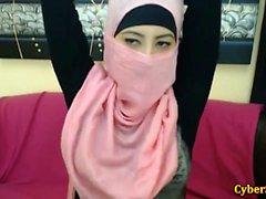 Genuine Timid Arabic Hotties Naked just on Cybersluts