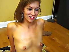 Amateur girls eat pussy in casting interview