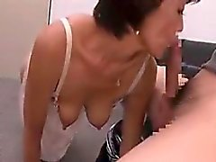 Cock-hungry MILF gets into some naughty prick-sucking actio