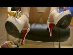 Prostitute Shoejob Footjob 60 Euro