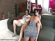 Nasty mature lesbian gets her pussy part3