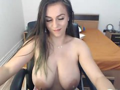 Big booty babe making her big natural boobs bounce