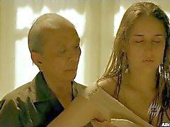 Leelee Sobieski Appears Naked