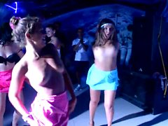 Gemini Club topless dance (xednorton)