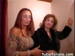 Italian mature ladies getting freaky at the party