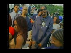 Snoop Doggis Doggystyle Let Us Move task. Loc