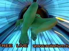 Horny Girl with big natural tits on Solarium mastubating
