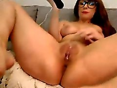 Hot Nerdy Webcam Girl Orgasms With Toy