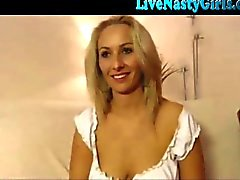 Hot Blonde Webcam Girl With Big Tits chats online