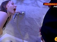 Super hot Amateur babe Lia-Louise Piss bath - 666Bukkake