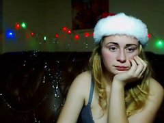 Russian solo blonde webcam girl fisting her muff
