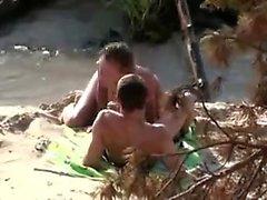 Amateur blowjob on the beach