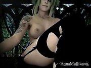 Big boobs webcam babe masturbates and rides her toy