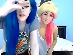 Two Insanely Hot Webcam Girls Chatting