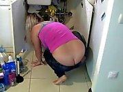fixing sink asscrack exposed