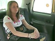 Small tits passenger was pursuaded to get drilled in the car