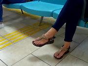 Yng Gf dangling sexy feets natural perfect toes