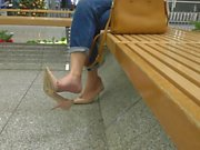 MOM SHOE DANGLING - saf