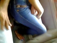 Touching sexy lady jeans ajustados