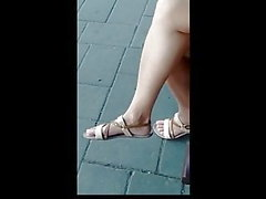 candid mature feet and legs waiting bus 19.06.2018HD