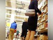 Peeping tom hangs out in a supermarket to take upskirt shot