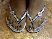 Hood MILF Black Toes