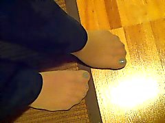 Wifes sexy pantyhosed feet