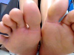 May 12min latina potent feet that are cruz display