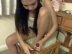 2 thai girls toe wiggle tease