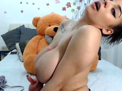 amateur katnisevergreen flashing boobs on live webcam