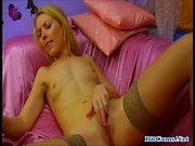 Smalltits blonde webcam live chat with viewers