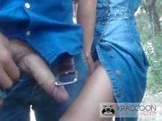 PornoAmatorialeIta - Due amiche spompano un timido sconosciuto per strada