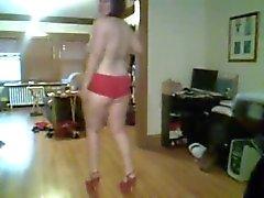 Chubby amateur dancing and teasing topless - negroflripa