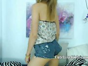 Teen is eager to tease in front of webcam naked and starts playing with her favorite dildo