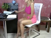 amateur mia ford flashing ass on live webcam