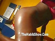 Phat Brazilian Booty Fucked at the Carnival in Rio