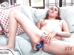 Blondie Summer Sands opens up and rubs her eager clit