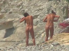 Amateur nudists in voyeur compilation